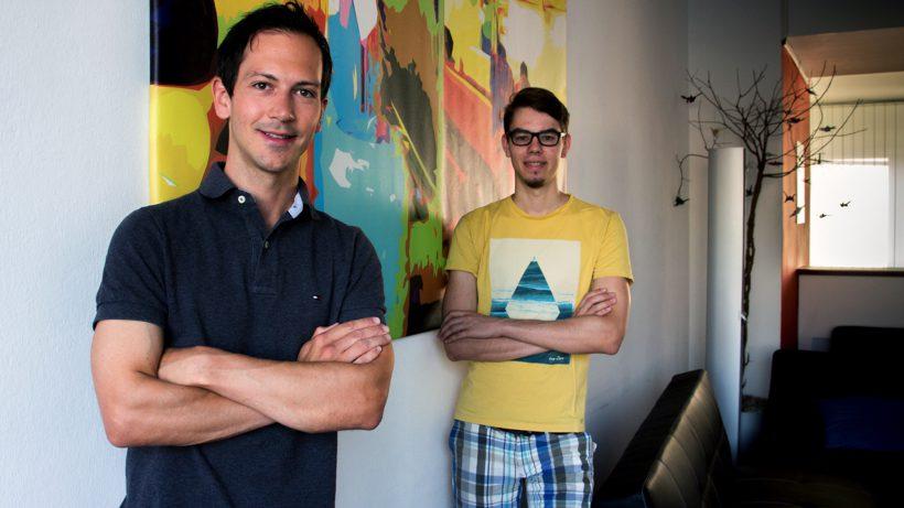 Pinpoll-Gründer Tobias Oberascher und sein Mitarbeiter Sebastian Zapletal. © Pinpoll