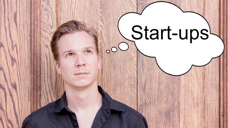 Jakob Steinschaden, Projektleiter von TrendingTopics.at. © Lorin Canaj/Montage: TrendigTopics.at