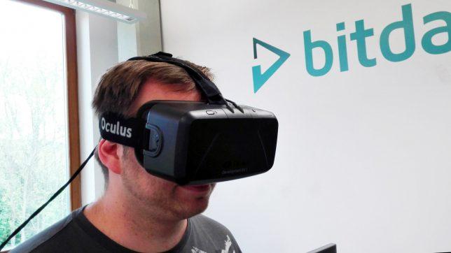 Bitmovin-Mitarbeiter hat die Streaming-Zukunft schon vor Augen. © Bitmovin