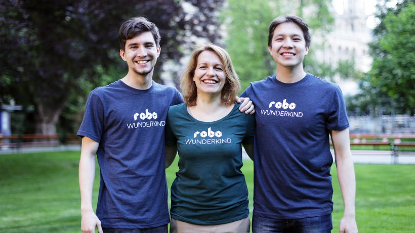 Das Robo-Wunderkind-Team: Yuriy Levin, Anna Iarotska und Rustem Akishbekov. © Robo Wunderkind