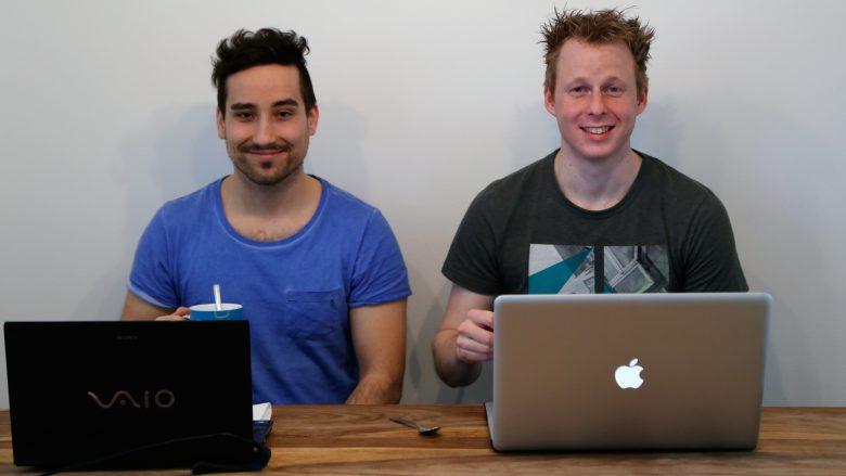 Die beiden Gründer Andreas Viehhauser und Thomas Buchsteiner hinterm Arbeitsgerät. © BuddyMe