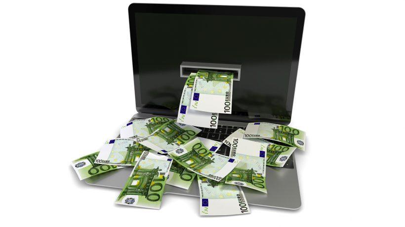 Wer im Online-Handel überleben will, sollte am besten Geld drucken können. © Fotolia/fotomek