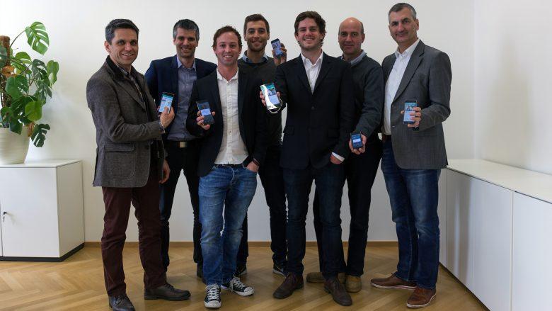 Hokify-Team mit Altrichter und Startup300-Investoren. © Hokify