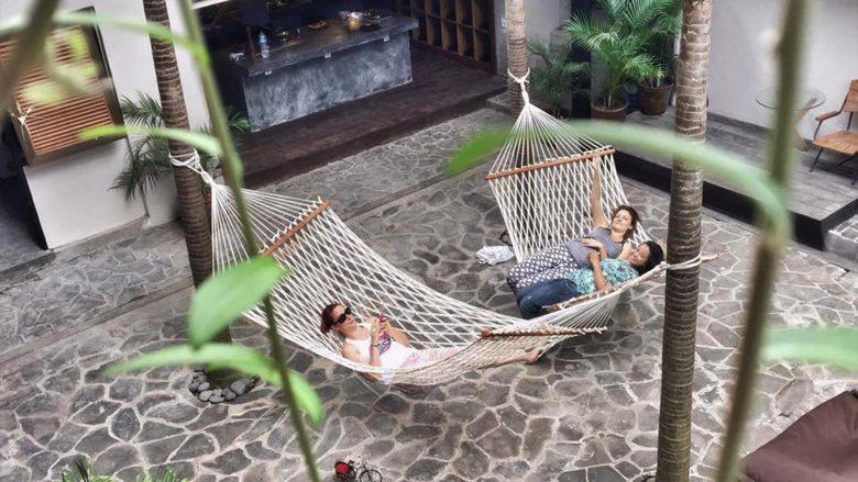 Hängematten am Standort Bali. © Roam.co