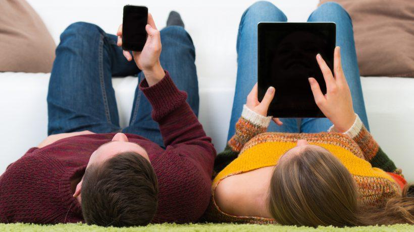Smartphones sind in Österreich weit verbreitet, Tablets weniger. © Fotolia/Picture-Factory