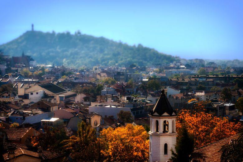 Plowdiw, die zweitgrößte Stadt Bulgariens, bietet nicht nur antike römische Bauten und eine wunderschöne Altstadt, sondern ist auch ein Hub für die florierende Start-up Szene des Landes © Deniz Fuchidzhiev / Unsplash