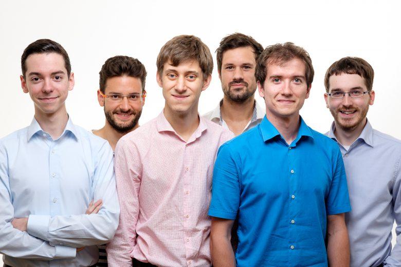 Das Team hinter predictR besteht aus Mathematikern und Software-Entwicklern, am Bild (v.l.n.r.) Jan Michael Auer, Maximilian Bernkopf, Jakob Etzel, Bernd Funovits, Richard Knoll und Martin Prebio. © Mantigma.
