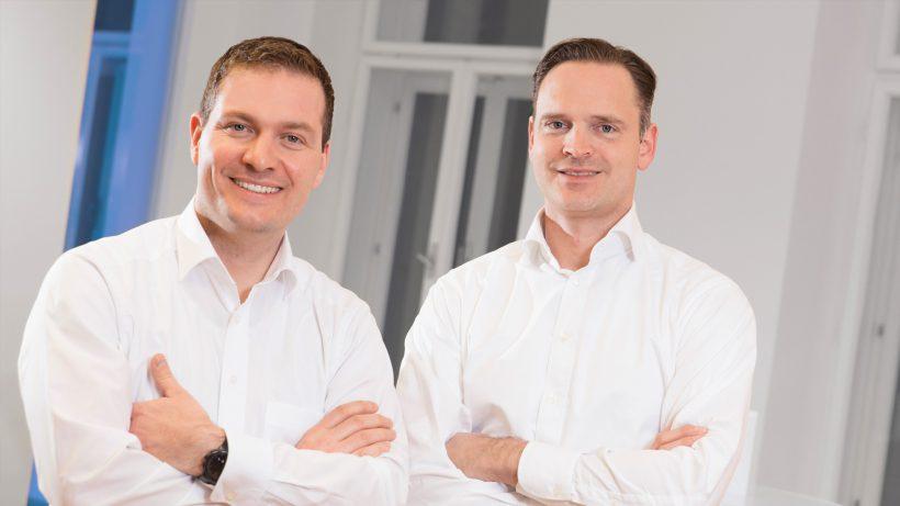 Die durchblicker.at-Gründer Reinhold Baudisch und Michael Doberer. © www.thomas-peintinger.at