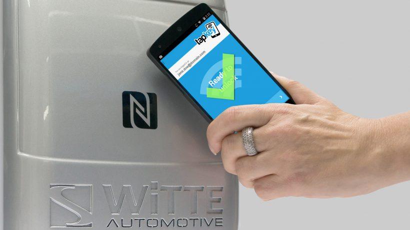 Das Smartphone als Schlüssel - das ermöglicht Tapkey. © Tapkey