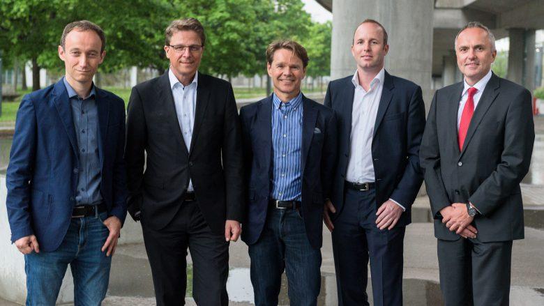 Gemeinsame Sache: Markus Minichmayr (CTO Tapkey), Rainer Gölz (Geschäftsführer WITTE), Gilbert Hoedl (CEO Tapkey), Gregor Zehetner (COO Tapkey) und Christian Kaczmarczyk (Geschäftsführer WITTE). © Tapkey