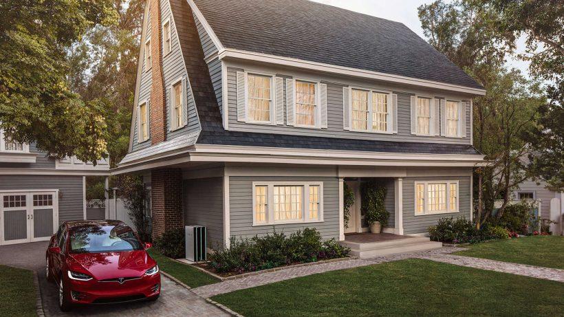 Dach soll Auto laden. © Tesla