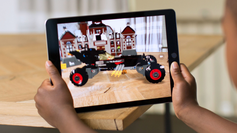 Augmented Reality am iPad. © Apple