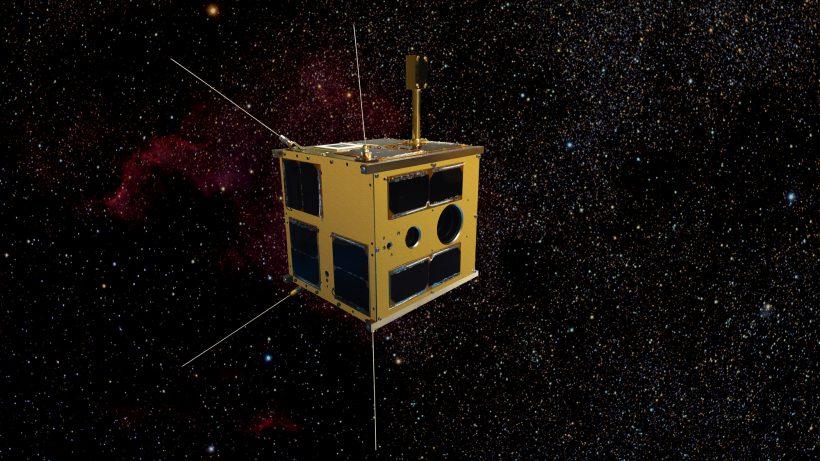 TUGSAT-1, der erste österreichische Satellit im All, gebaut an der TU Graz (Montage) © TU Graz