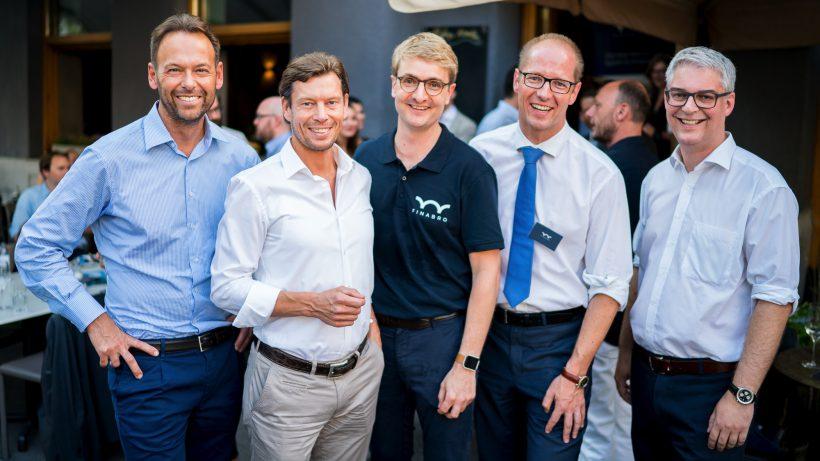 Andreas Brandstetter (CEO Uniqa) Thomas Polak (CIO Uniqa), Sören Obling, Finabro-Gründer) Oliver Lintner (Finabro-Gründer) und Andreas Nemeth (Uniqa Ventures). © Uniqa