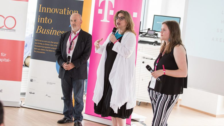 Hans Hansmann, Selma Prodanovic und Lisa Fassl beim Investors Day 2017. © aaia