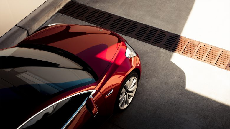 Das Model 3 in Rot. © Tesla Motors