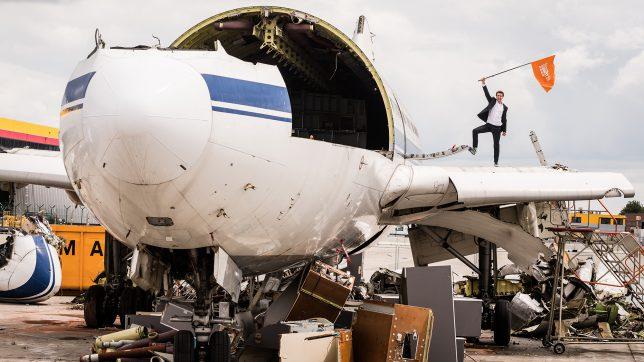 Tanz auf dem Airbus: Jan Pannenbäcker von Schrott24. © Schrott24