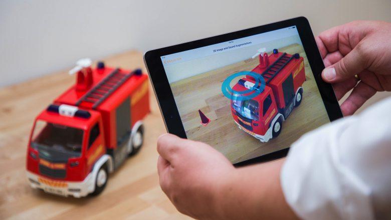 Wikitude lässt Spielzeug erkennen. © Wikitude