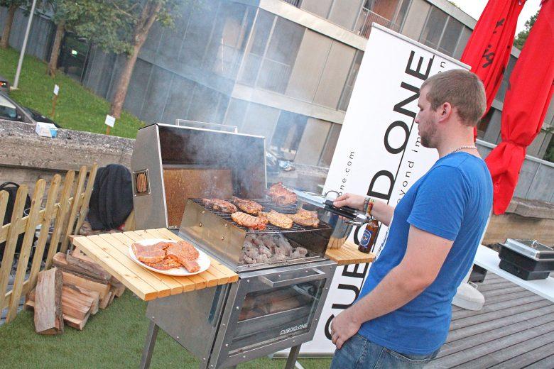 Cuboid versorgte die Gäste mit Koteletts und Schweinsbraten. © Ideentriebwerk Graz