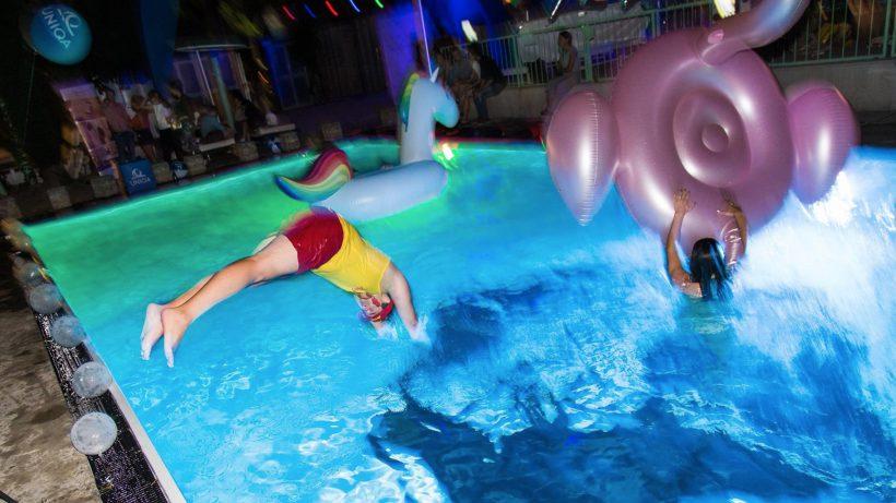 Auf der Female Founders Pool Party in der Pratersauna. © Tamás Künsztler