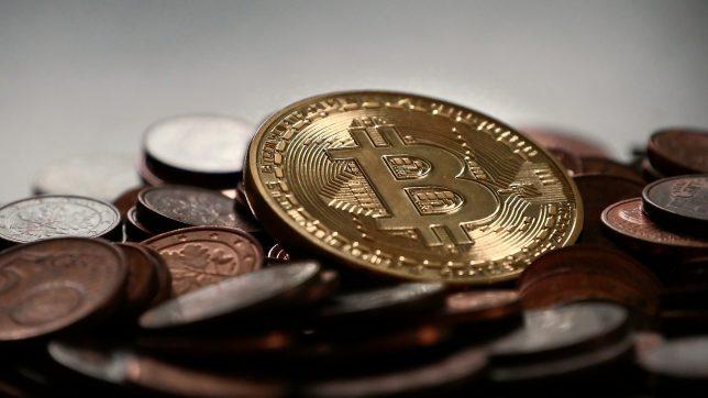 Bitcoin & Cash. © Pixabay