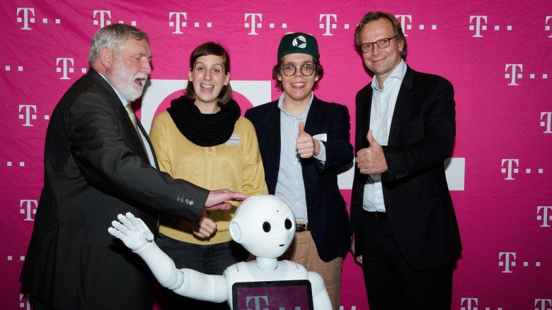 Die EMEL-Macher bei der Preisvergabe. © T-Mobile Austria