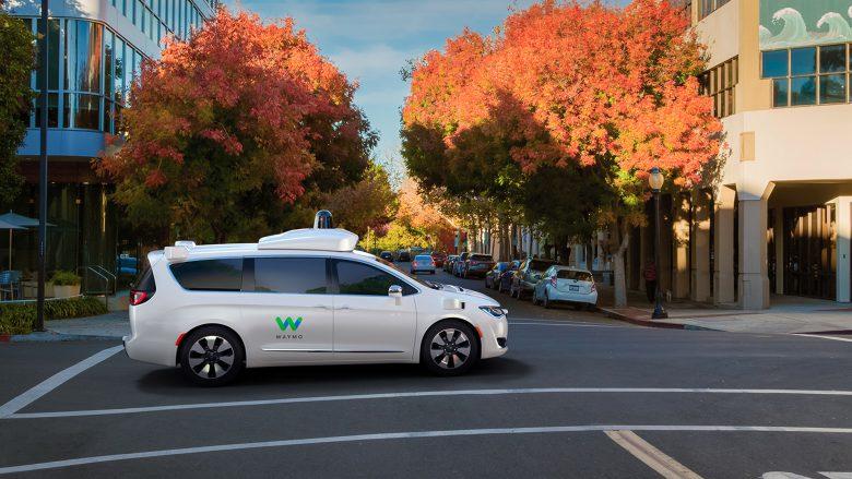 Google-Schwester Waymo fährt mit Chrysler-Modellen. © Waymo
