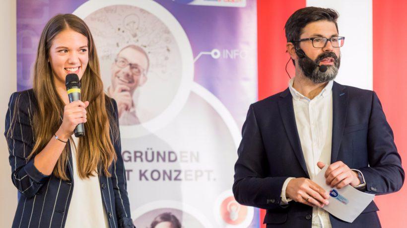 So war 2017: FitnessVielfalt-Gründerin Pamina Zeilinger mit Moderator Michael Köttritsch © Peter Berger