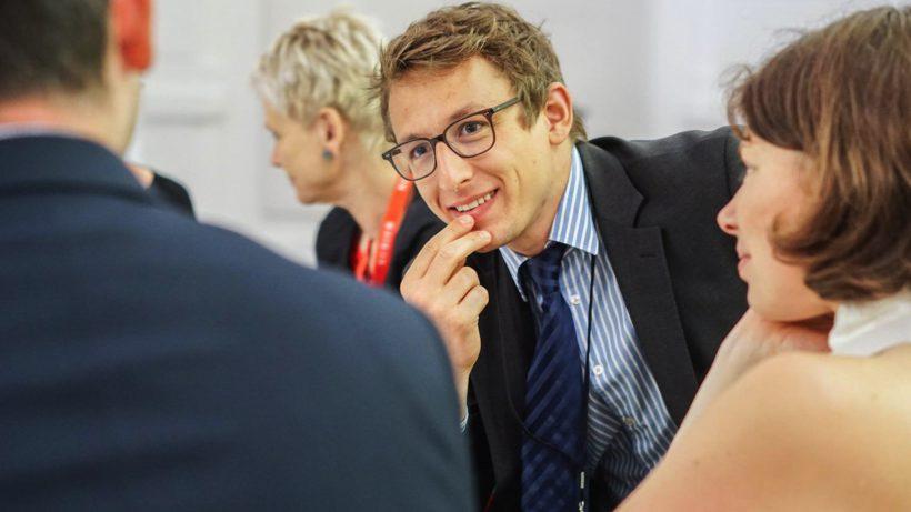 Jakob Deternig vom Social Impact Award. © SIA