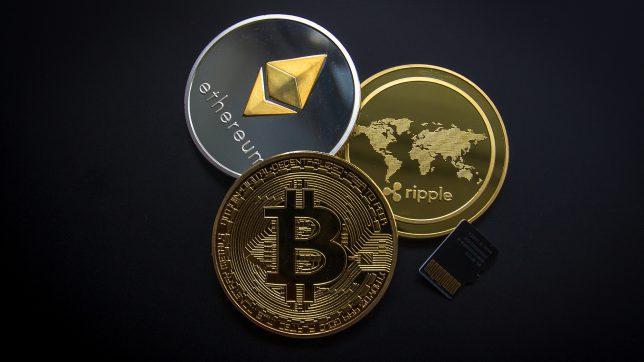 Bitcoin, Ethereum, Ripple. © Pixabay