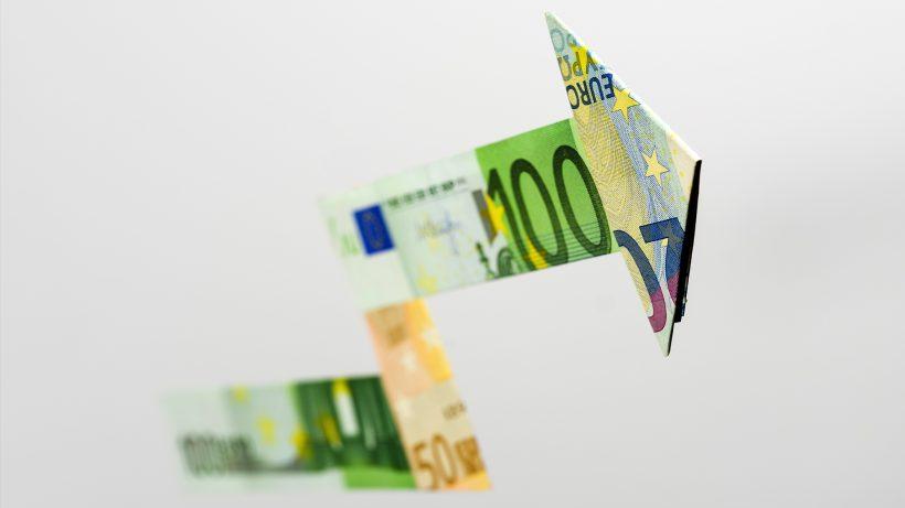 Immer mehr Geld wird locker gemacht. © Pixabay
