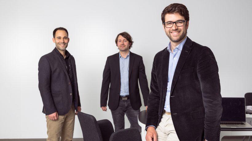Die Kontaktmanagement-App swync wurde von Benedikt Aichinger, Harald Weinberger und Wolfgang Gumpelmaier-Mach entwickelt. © Swync