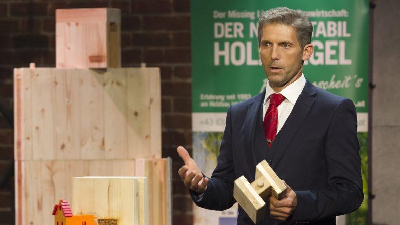"Wolfgang Gebetsroither präsentiert Normstabil bei ""2 Minuten 2 Millionen"". © Gerry Frank"