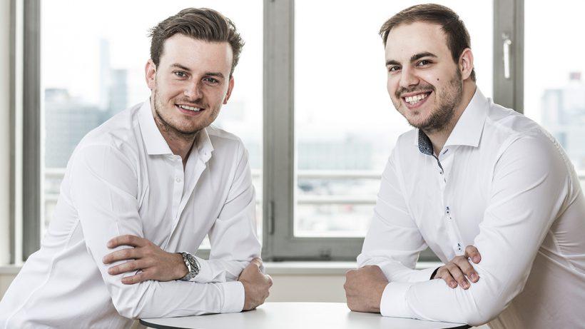 Bitpanda-Gründer Eric Demuth (Links) und Paul Klanschek. © BitPanda