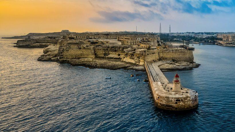 Maltas Hauptstadt Valetta vom Meer aus. © Pixabay