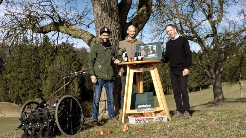 Das Gründer-Team mit ihrer Obstraupe. © Obstraupe