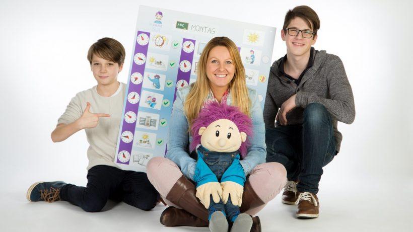 Die Gründerin Petra Ott, mit ihren Söhnen Niklas und Fabian. © Die schlaue Box