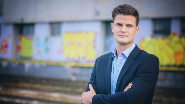 Bernhard Aichinger, der Landesvorsitzende der Jungen Wirtschaft Oberösterreich. © Jasmina Rahmanovic