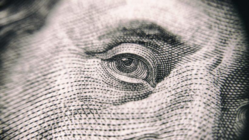 Auge am Dollar-Schein. © Pexels