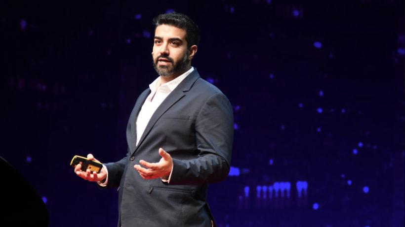 CryptoKitties founder & CEO Roham Gharegozlou of Dapper Labs, on stage at TEDx Vienna. © TEDx Vienna