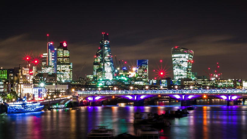 London by night. © Pixabay