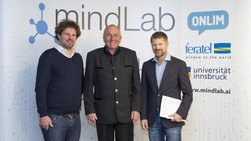 Onlim-CEO Alexander Wahler, Professor Dieter Fensel und feratel-Chef Markus Schröcksnadel bei der Eröffnung des MindLabs © feratel/Berger
