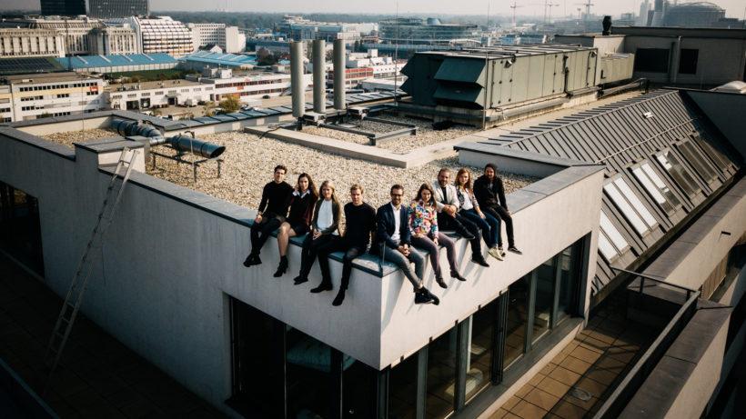 Das Trending Topics Team überm neuen Büro. © Raffael Stiborek