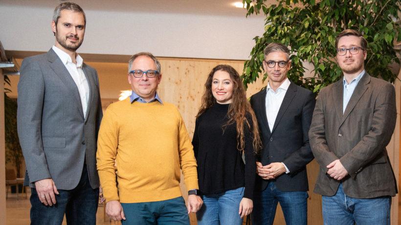 Alexander Geier (CMO), Lorenz Gräff (CEO), Diana Medanova (COO), Franz-Xaver Burner (CSO), Michael Leitner (Head of Project Delivery) von bsurance. © bsurance