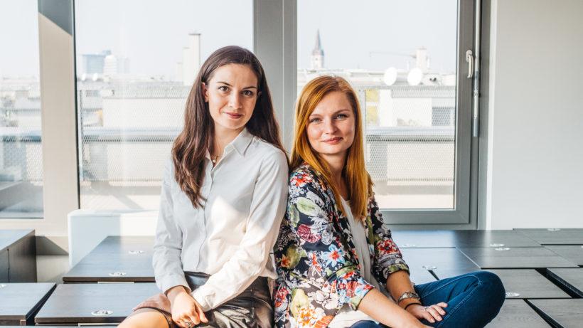 Irina Obushtarova und Alexandra Kozbunarova leiten das Trending Topics-Team in Sofia. © Raffael Stiborek