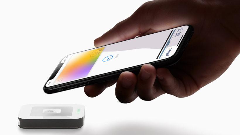 Apple hat jetzt eine Mastercard, virtuell in der App, aber auch als physische Metall-Karte © Apple