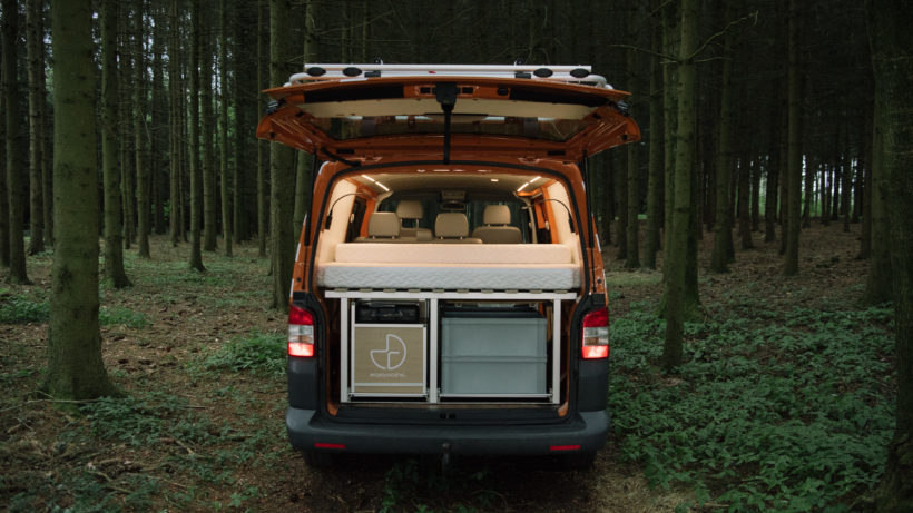Ein umgebauter Van von Easygoinc © Easygoinc