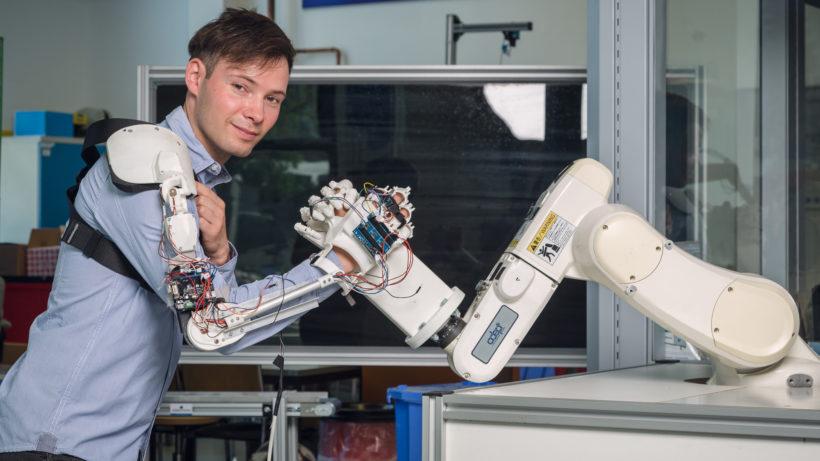 Die FH Technikum bildet die Fachkräfte für Digitalisierung und Industrie 4.0 aus © Baumgartner/FH Technikum