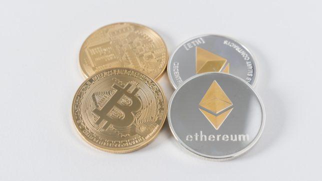 Sammlermünzen von Bitcoin und Ethereum. © Unsplash