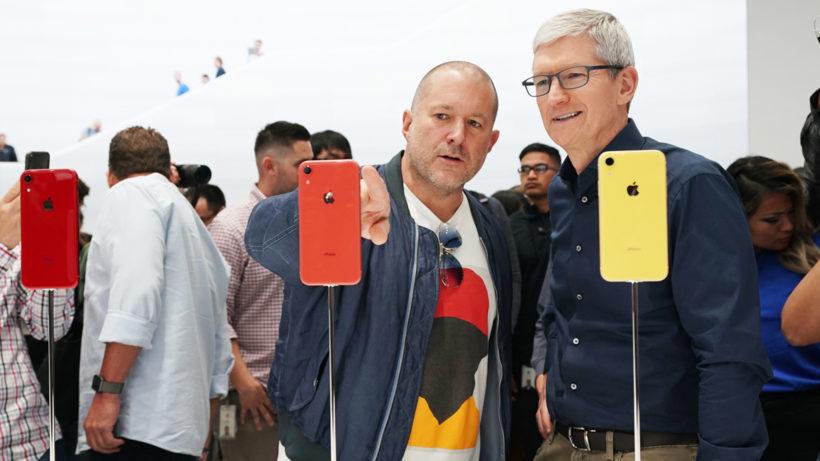 Jony Ive mit Apple-Chef Tim Cook. © Apple